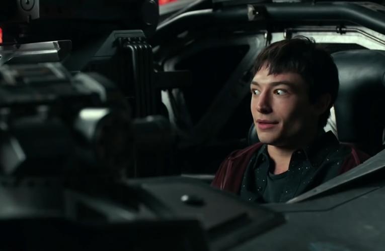 The Flash 2022 : Barry Allen – Le réalisateur montre un nouveau costume incroyable tiré du film.