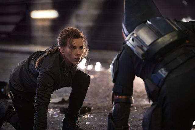 Black Widow - Scarlett Johansson parle de la sexualisation du personnage et de l'abandon de l'histoire d'origine dans le film solo.