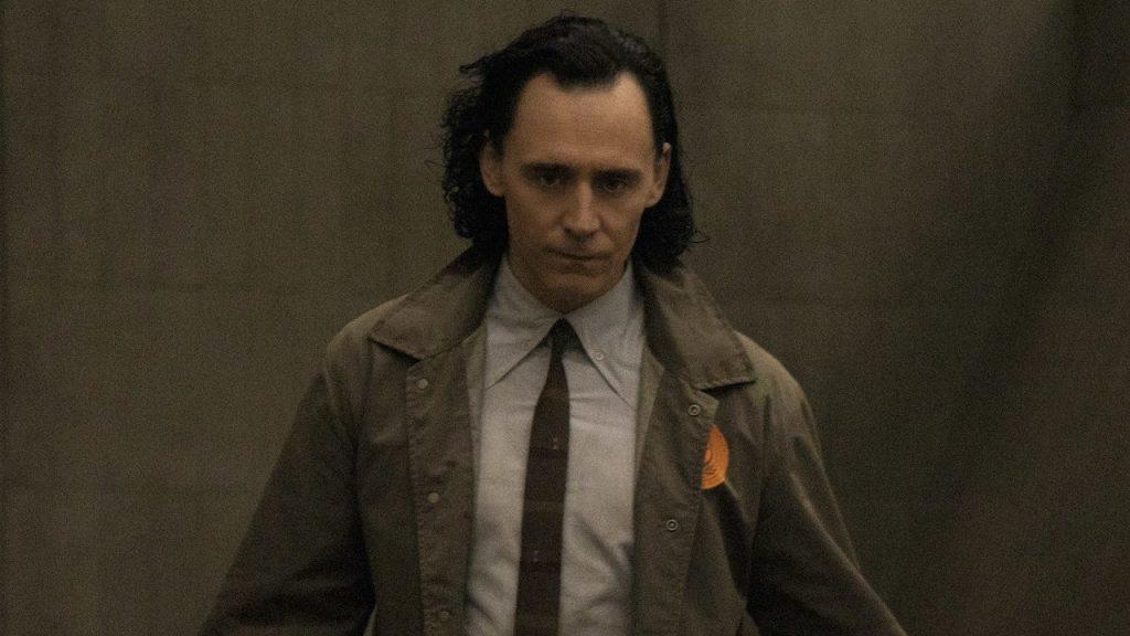 Loki - une affiche présentant le personnage joué par Sophia Di Martino. Qui est-elle vraiment ?