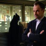 The Crown saison 5 date de sortie Netflix avec Jonny Lee Miller au casting !