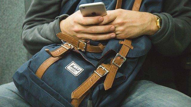 iphone airtag