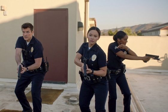 Recrue - les armes à feu ont été interdites sur le plateau. Cela fait suite à une tragédie sur le tournage du film d'Alec Baldwin.