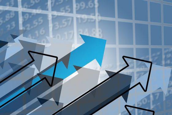 up růst šipky trend, kryptomarketu